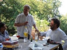 Der Generalsekretär der DAG Harald Moritz Bock bedankt sich bei dem Gastgeber Jens Bödeker